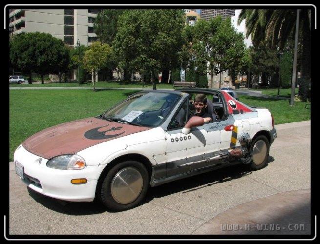 R2D2 car
