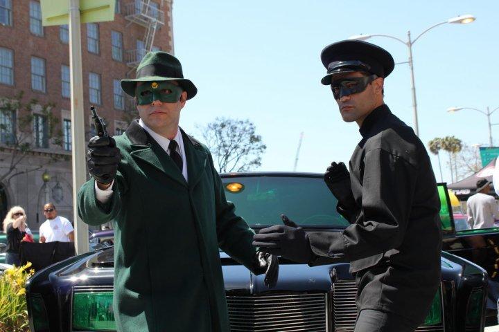 http://starcarcentral.files.wordpress.com/2010/06/black-beauty-green-hornet-scot-sebring-kato.jpg